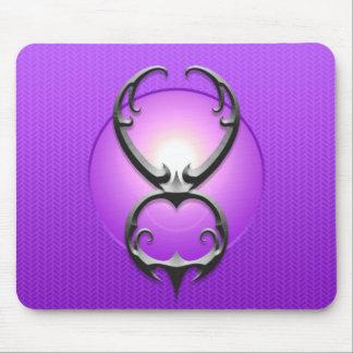 Símbolo del tauro del hierro, púrpura alfombrilla de ratón