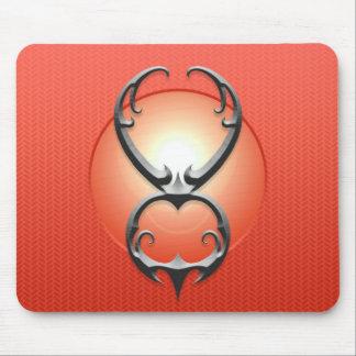 Símbolo del tauro del hierro, rojo alfombrillas de ratón