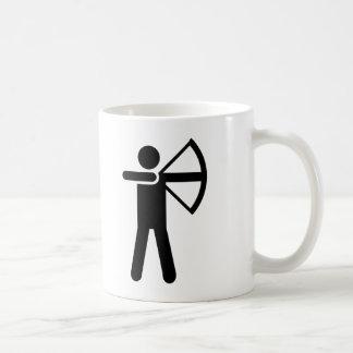 Símbolo del tiro al arco taza de café