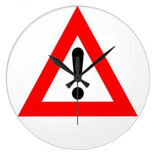 Símbolo del triángulo de la atención relojes