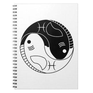símbolo del zodiaco de la astrología de los libro de apuntes con espiral