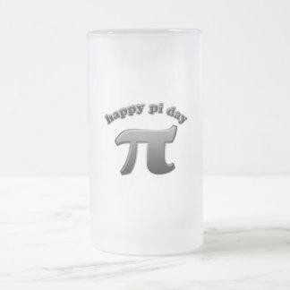 Símbolo feliz del día pi del pi para los empollone taza cristal mate