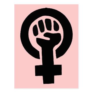 Símbolo feminista del poder del chica con el fondo tarjetas postales