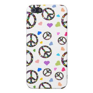 Símbolo, flores y corazones de paz colorido iPhone 5 cárcasa