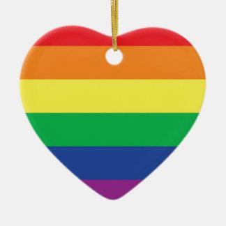 Símbolo gay de la bandera del orgullo de la adorno de cerámica en forma de corazón