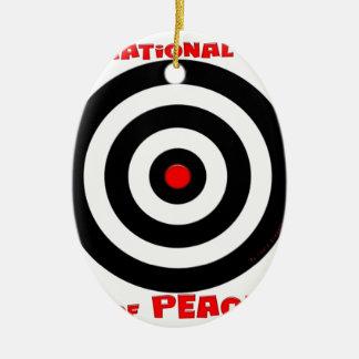 Símbolo internacional de la paz - paz en la tierra adorno ovalado de cerámica