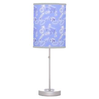 Símbolo masculino del género lámpara de escritorio