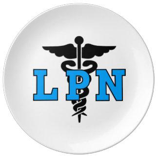 Símbolo médico de las enfermeras LPN Platos De Cerámica