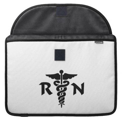Símbolo médico del RN Funda Para Macbooks