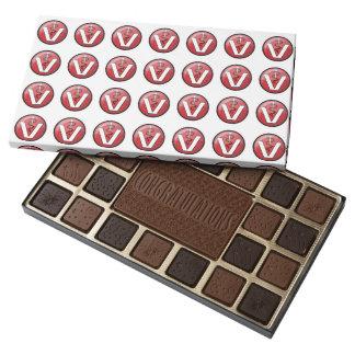 Símbolo médico veterinario caja de bombones variados con 45 piezas