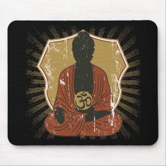 Símbolo Meditating de Buda OM Tapetes De Ratones