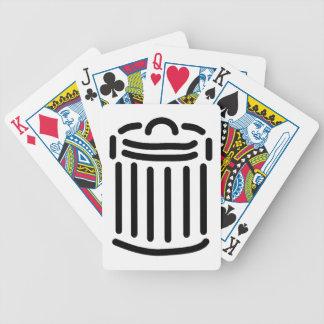 Símbolo negro del bote de basura baraja cartas de poker
