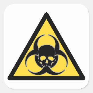 Símbolo negro y amarillo y cráneo del Biohazard Pegatina Cuadrada