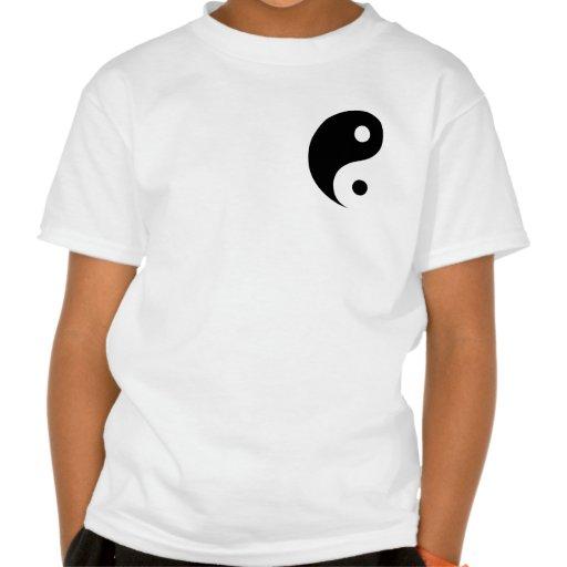 Símbolo negro y blanco de Yin Yang Playera