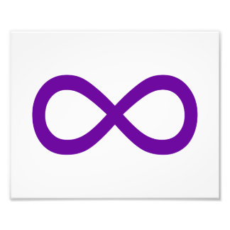 Símbolo púrpura del infinito fotografía