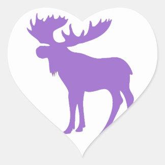 Símbolo púrpura simple de los alces pegatina en forma de corazón