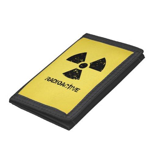 Símbolo radiactivo amarillo