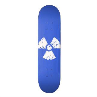 """Símbolo radiactivo del azul real patineta 8 1/2"""""""