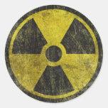 Símbolo radiactivo del Grunge Pegatina Redonda