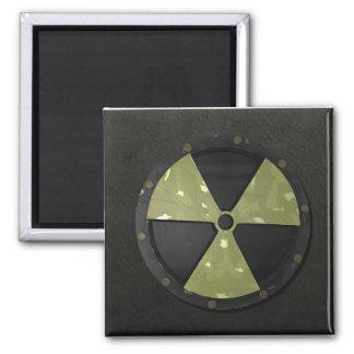 Símbolo radiactivo imán cuadrado