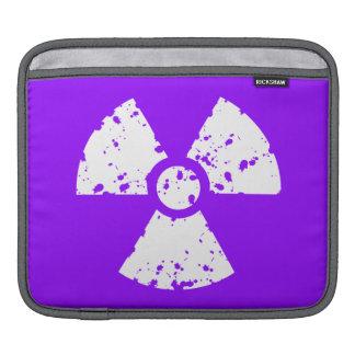 Símbolo radiactivo púrpura violeta fundas para iPads