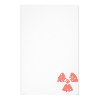 Símbolo radiactivo rosado coralino  papeleria