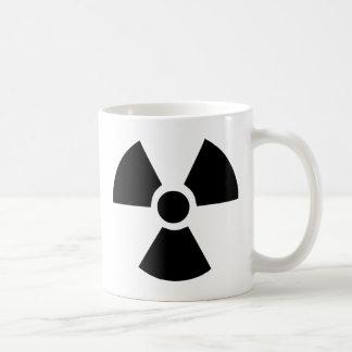 Símbolo radiactivo taza