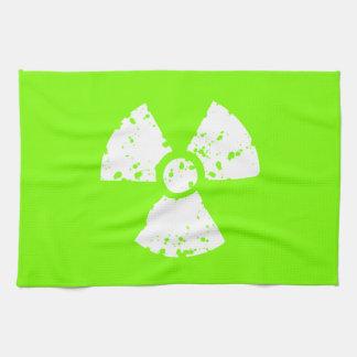 Símbolo radiactivo verde chartreuse de neón toallas de mano
