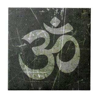Símbolo rasguñado y llevado de OM de la yoga Azulejo Cerámica