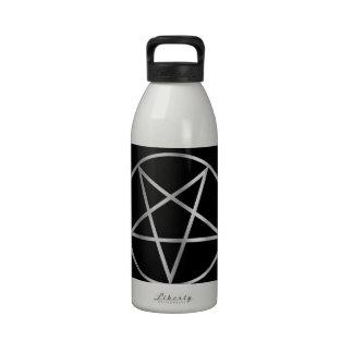 Símbolo religioso del pentáculo del satanism botella de agua reutilizable