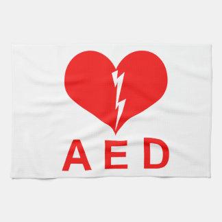 Símbolo rojo del AED y del corazón Toalla