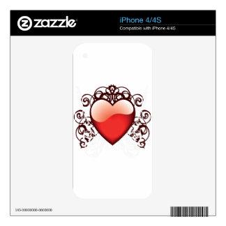 Símbolo rojo del corazón del amor skin para el iPhone 4S