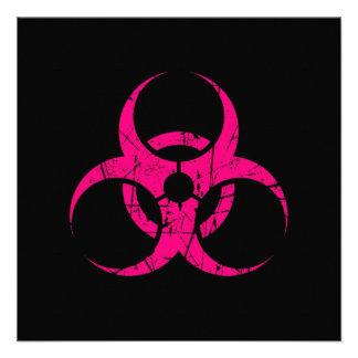 Símbolo rosado rasguñado del Biohazard en negro Anuncios