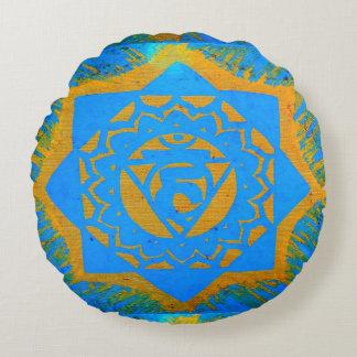 símbolo tantric del oro azul cojín redondo