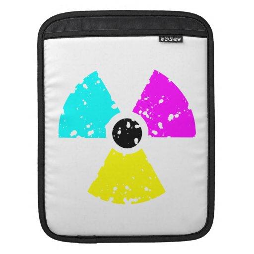 símbolo tóxico apenado CMYK Fundas Para iPads