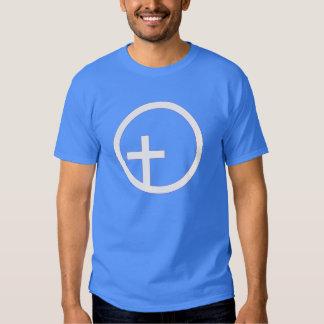 Símbolo universalista cristiano remera