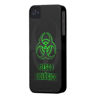 Símbolo Verde Brillante de Riesgo Biológico iPhone 4 Case-Mate Cases
