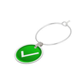 Símbolo verde de la marca de verificación identificadores de copas