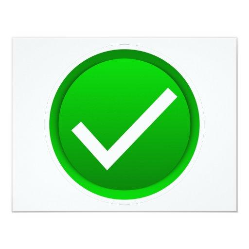 """Símbolo verde de la marca de verificación invitación 4.25"""" x 5.5"""""""