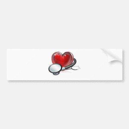 Símbolo y estetoscopio del corazón pegatina de parachoque