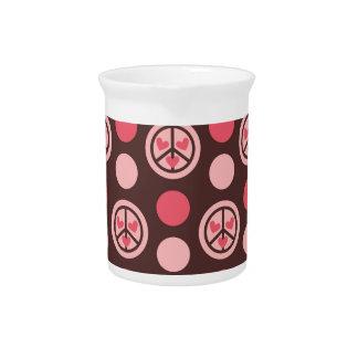 Símbolos corazón y lunares de paz jarras para bebida