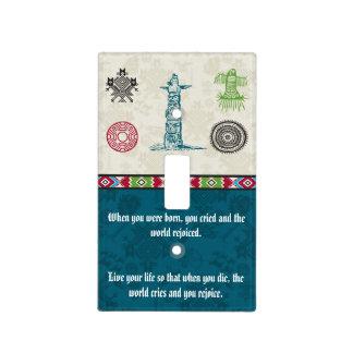 Símbolos y sabiduría - tótem del nativo americano tapa para interruptor