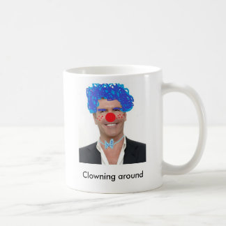 Simon Cowell Clowning alrededor taza