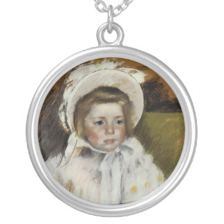 Simone in a White Bonnet Silver Plated Necklace