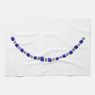 Simple Alternating Sapphire and Diamond Necklace Towel