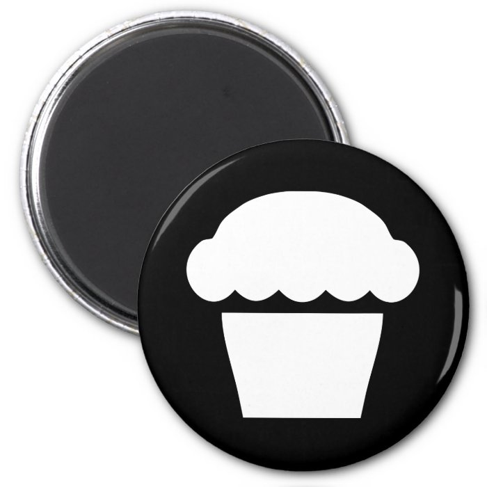 simple cupcake / muffin 2 inch round magnet