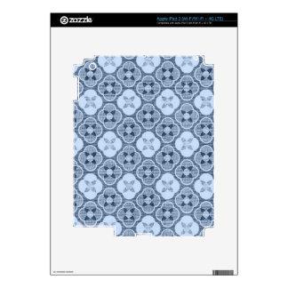 Simple Flower Pattern, in Light Blue iPad 3 Skins