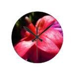 Simple Fuschia Clock
