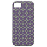 Simple Quatrefoil Pattern in Purple and Lime Green iPhone 5 Cases