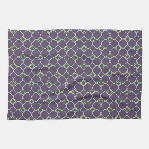 Green And Purple Kitchen: Simple Quatrefoil Pattern In Purple And Lime Green Kitchen